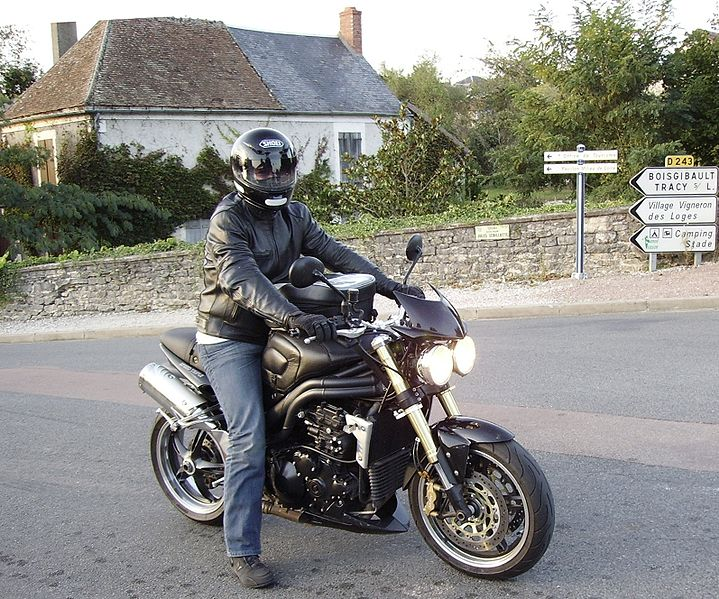 Triumph speed triple 1050 - Cjp24